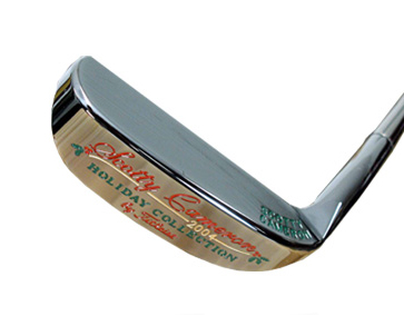 A blade Swinging titleist