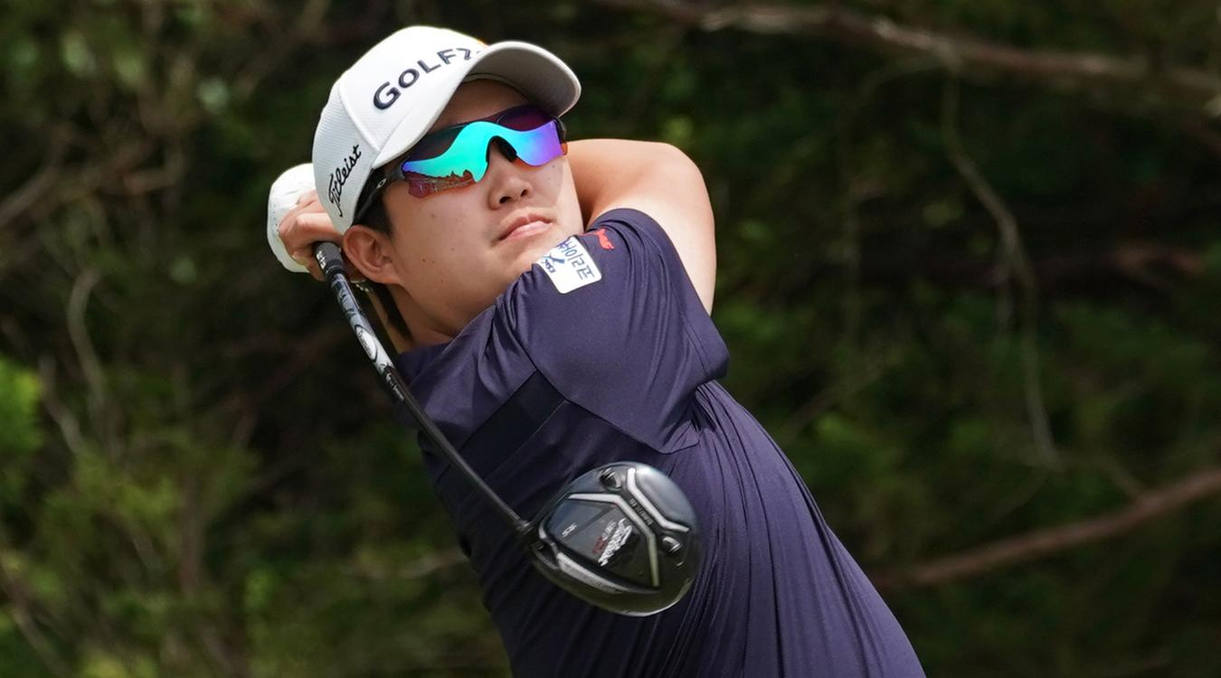 YoungWoong Kim, Titleist Golf Ambassador