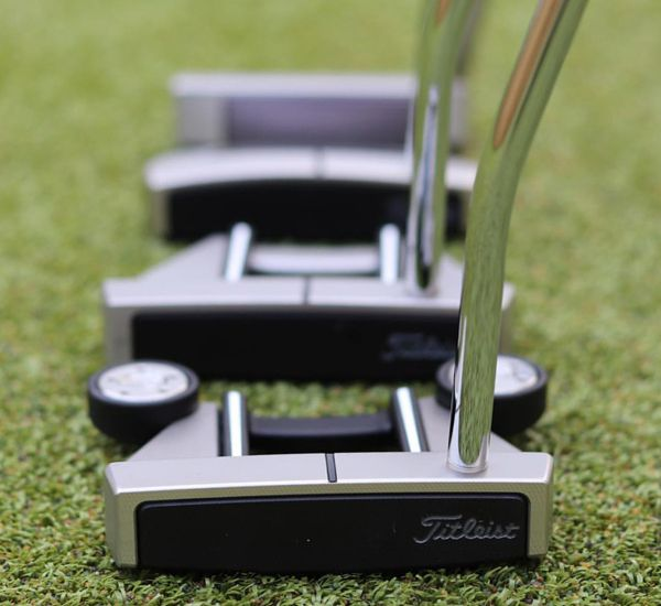 FITTING BALLES & PUTTERS SCOTTY CAMERON