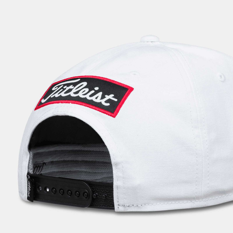 Titleist Tour Rope Flat Bill Snapback Closure